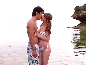 Japanese,Asian,Babes,Beach,Big tits,Cumshot,Kissing,Natural tits,Outdoor,Teen,Young girl,Redhead,Straight Adorable fuck at the beach with Tia...