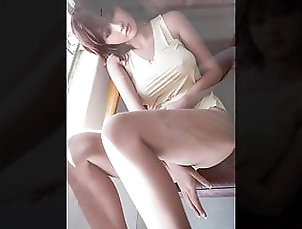 Asian;Sex Toys;HD Videos;18 Years Old;Big Natural Tits Japanese sexy home beauty waiting for...