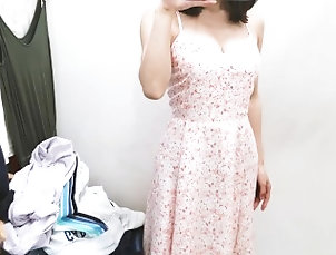 Clothes changing 高考完去买新衣服噜!GAP夏装试穿,YES or NO? Clothes changing...